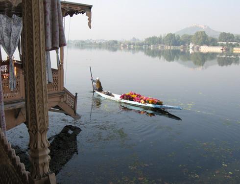 Die 10 schönsten Reiseziele in Nordindien: srinagar - das venedig des ostens