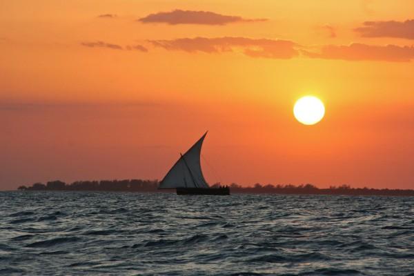 Die Top 10 Erlebnisse für Abenteurer auf Sansibar - Dhow Boot